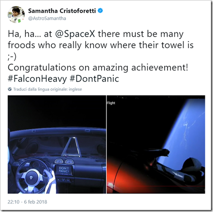 "Tweet di Samantha Cristoforetti: ""Ha, ha... at @SpaceX there must be many froods who really know where their towel is ;-) Congratulations on amazing achievement! #FalconHeavy #DontPanic"""